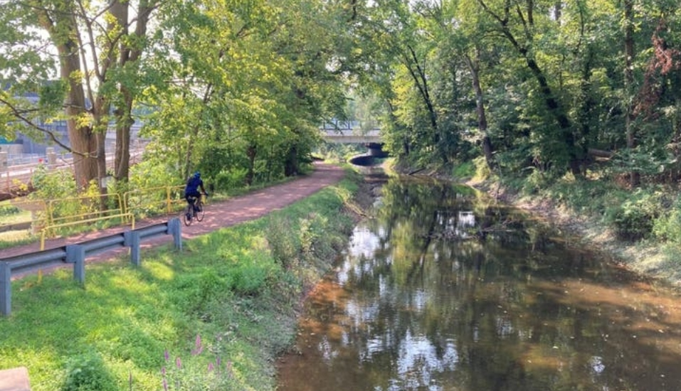 Delaware and Lehigh Canal Trail