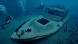 A sunken boat at Dutch Springs, Lehigh Valley dive site